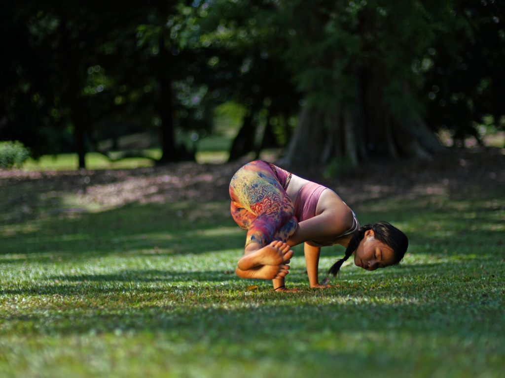 Parsva Bakasana – Side Crow