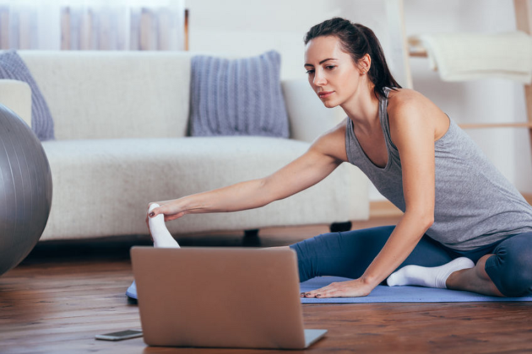 Online-Yoga-Classes-from-Glo